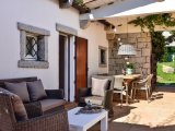Well furnished terrace