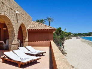 Villa Nora - Directly on the beach